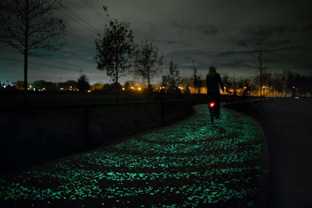 2016-02-Fluorescent-cycle-path